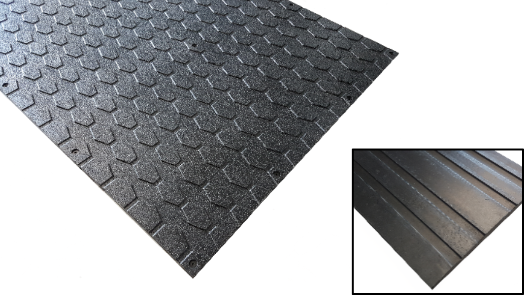DIAMOND 15 - LIVESTOCK MAT  For Horses